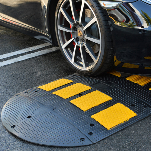 Premium Rubber Speed Hump